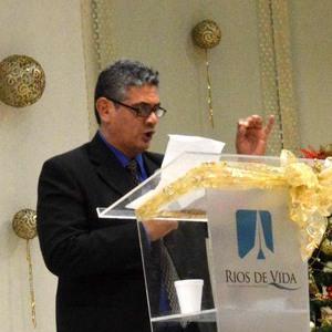 José Rolón