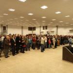 Pastores y hermanos, celebrando a nuestro Dios